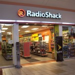 iPhone 4S Price Gashed  by $75 at RadioShack Starting August 26
